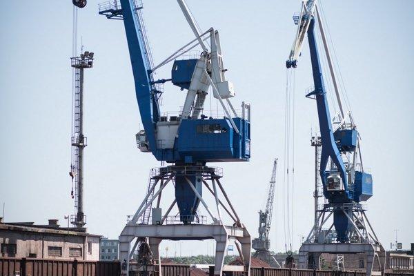 Bežne neprístupný nákladný prístav v Bratislave si počas víkendu mohla pozrieť aj verejnosť.