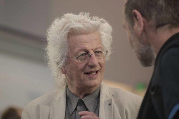 Slovenský stánok prišiel navštíviť aj jeden z najväčších literárnych Európanov, spisovateľ Péter Esterházy.