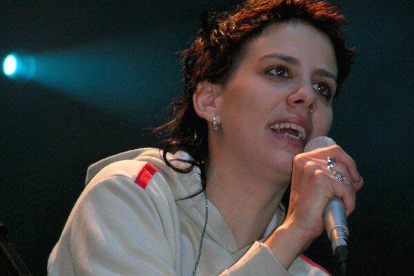 Aneta Langerová zaspieva v Prievidzi 8. novembra.