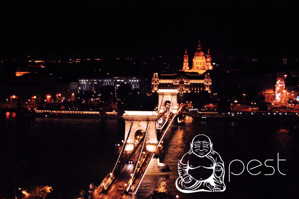 Budapešť. angl. Budha+pest