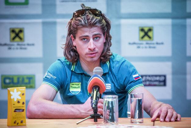 Príchod Sagana do Česka vzbudil obrovský záujem fanúšikov.