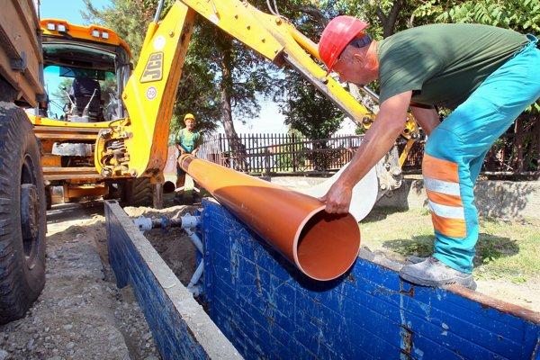 Opravy sa dočká až 16-tisíc metrov kanalizácie.