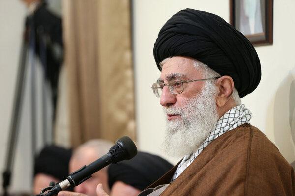 Iránsky najvyšší vodca Alí Chameneí.