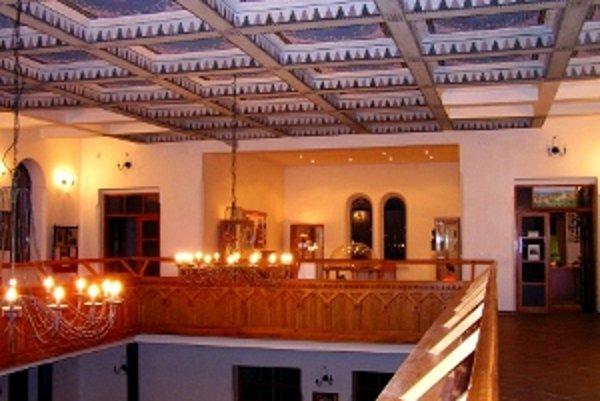 Názov pamiatky: Židovská synagóga <br/>Adresa pamiatky: Malá 2, 942 01 Šurany