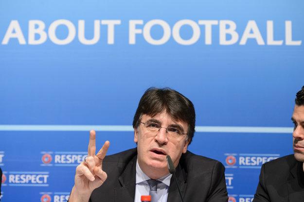Zastupujúcim prezidentom UEFA je grécky generálny sekretár riadiacej organizácie Theodore Theodoridis.