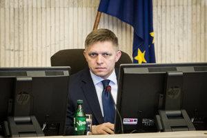 Premiér Robert Fico počas rokovania vlády.