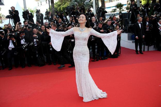 Gong Li pózuje v štýle Sophie Lorenovej