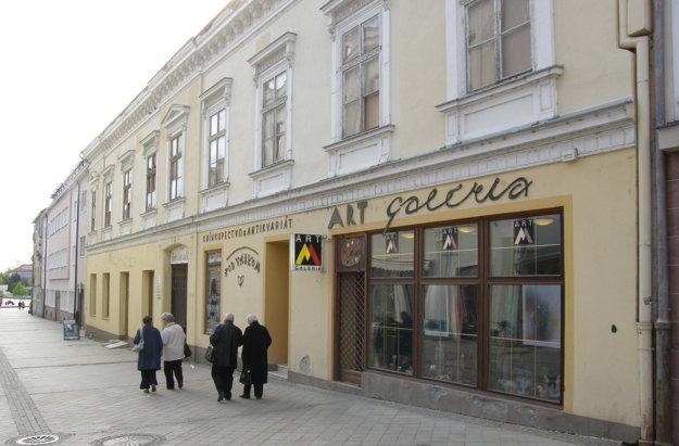 Budova na Kupeckej je určená na predaj.