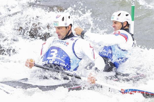 Na olympijských hrách v Riu de Janeiro budú medzi deblkanoistami Slovensko reprezentovať Ladislav a Peter Škantárovci.