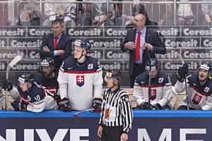 Napriek slabým výkonom i výsledkom má Slovensko stále šancu postúpiť do štvrťfinále. Musí ju využiť.