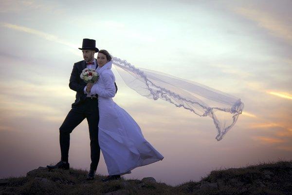 Boris a Erika sa vo svadobnom fotili na Kľaku.