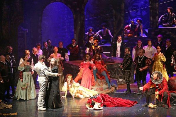 Rigoletto v naštudovaní banskobystrickej Štátnej opery.