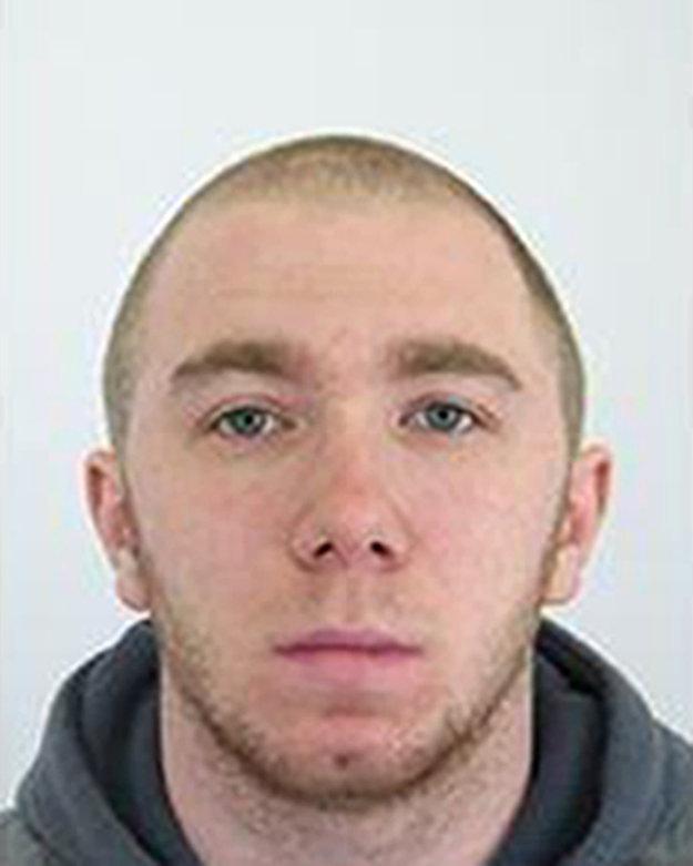 Polícia pátrala po odsúdenom 24-ročnom Ľubomírovi Behanovi.