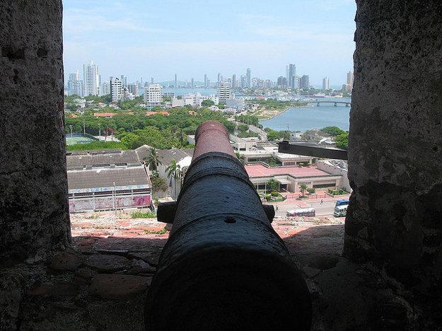 Castillo de San Felipe de Barajas bola počas španielskej kolonizácie najmohutnejšou pevnosťou na americkom kontinente.