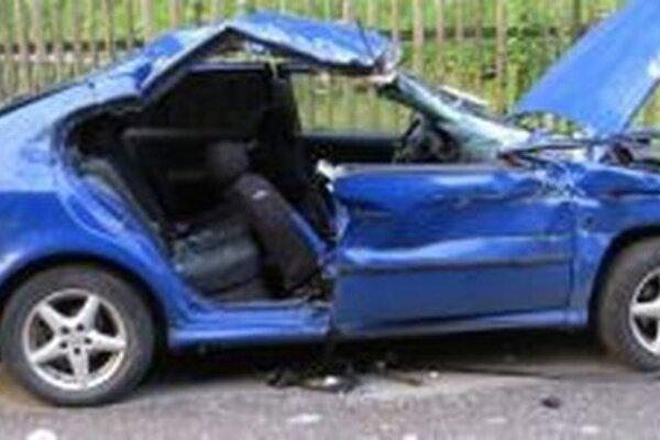 Pri nehode vyhasol život 55-ročnej ženy.