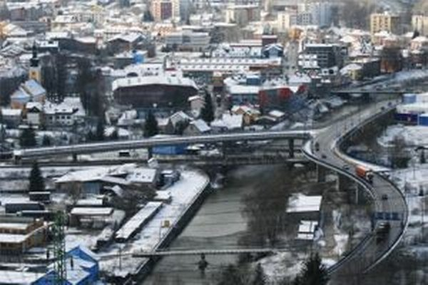 Už tento rok chce začať NDS s prácami na diaľničnom úseku D3 Čadca, Bukov – Svrčinovec. Peniaze by mala poskytnúť Európska únia.
