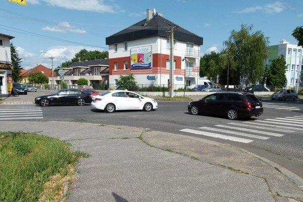 Jeden z plánovaných kruhových objazdov v Leviciach by mal byť na Ludanskej ceste.