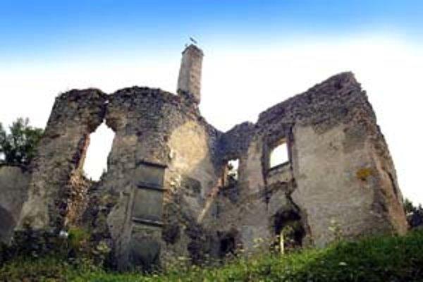Skonfiškovaný majetok šľachtickej rodiny Révayovcov je dnes v ruinách.