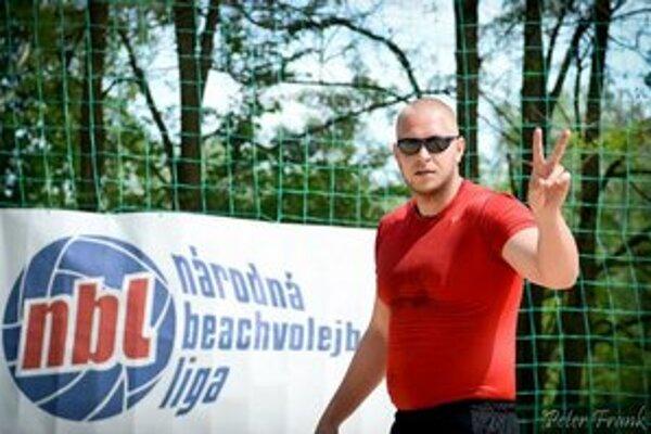 Popri mestách dostala šancu hostiť turnaj Národnej beachvolejbalovej ligy obec Kalná nad Hronom.