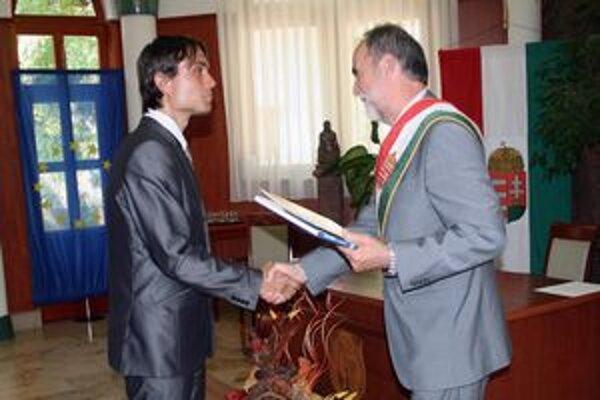 L. Gubík prijal v júli tohto roku maďarské občianstvo.