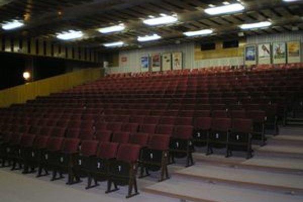 Kinosála Juniora bude prebudovaná na viacúčelovú.