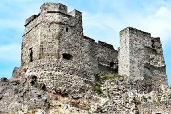Levický hrad je jednou z dominánt mesta