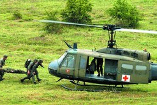 Zdravotníci všetkých troch uchádzačov zasahujú v Afganistane. Albánsko a Macedónsko má vojakov aj v Iraku. Spojenectvo s Washingtonom môže byť pre nich kľúčové.