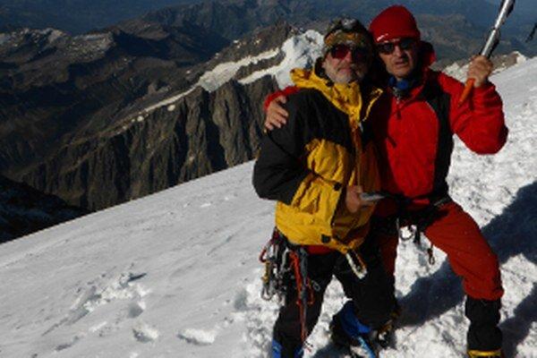 1: 17, čo znamená, že ja (autor) po prvý krát a Vlado po sedemnásty krát na Mont Blancu.