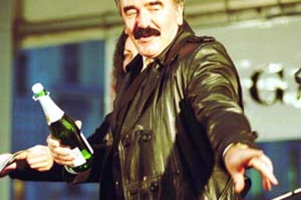 Silvestrovské oslavy stáli takmer pol milióna korún. Aj viceprimátor Kazík si za vystúpenie nechal zaplatiť.