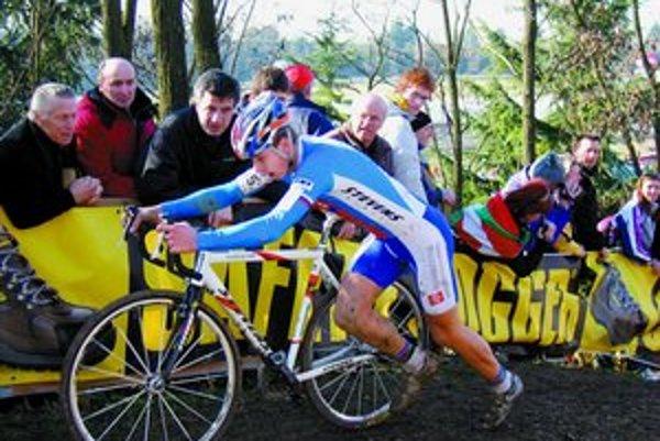 Žilinčan Peter Sagan na trati svetového šampionátu v Trevise.