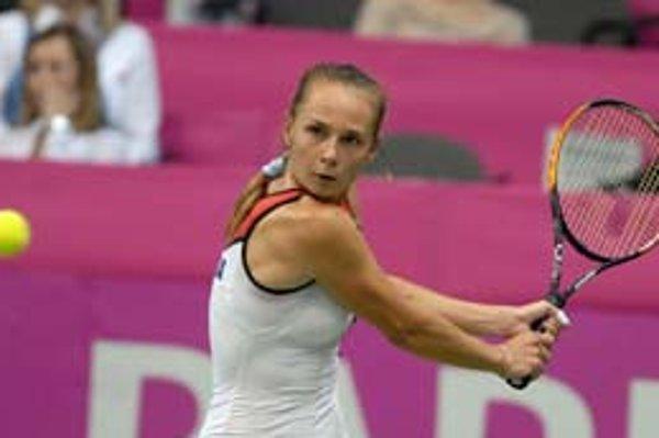 Slovenská dvojka Magdaléna Rybáriková zvládla tlak za stavu 1:2, zdolala Češku Petru Cetkovskú.