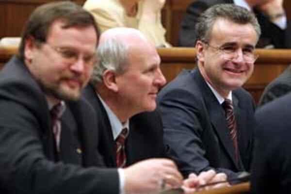 Palko, Mikloško a Minárik nebudú hlasovať za zúženie poslaneckej imunity.