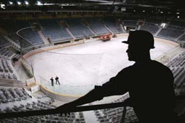 Novú halu Slovensko potrebuje pre usporiadanie majstrovstiev sveta v roku 2011. Ak to dovtedy nestihneme, šampionát bude vo Švédsku.