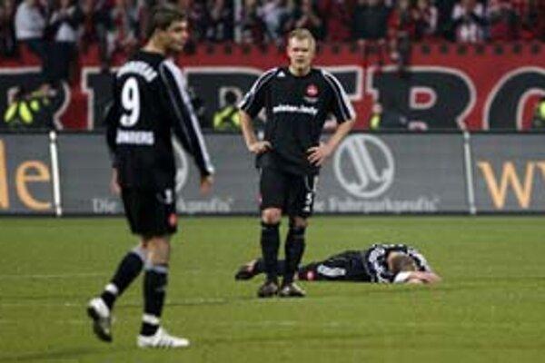 Norimberský plač po dobre rozohranej partii so zlým koncom. Po remíze 2:2 postúpila Benfika Lisabon.