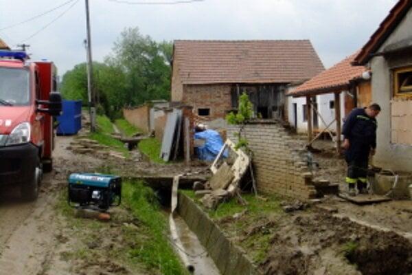 Situácia v obci Unín.