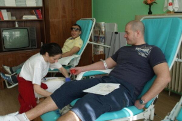 Mobilný odber krvi na Deň Zeme v Dome humanity v Senici.