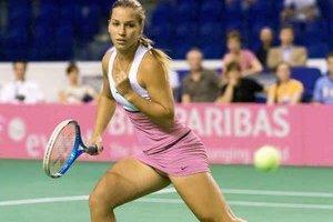 Dominika Cibulková prechod z juniorskej do seniorskej kategórie zvládla na výbornú. Tento rok sa dostala už do svetovej päťdesiatky.