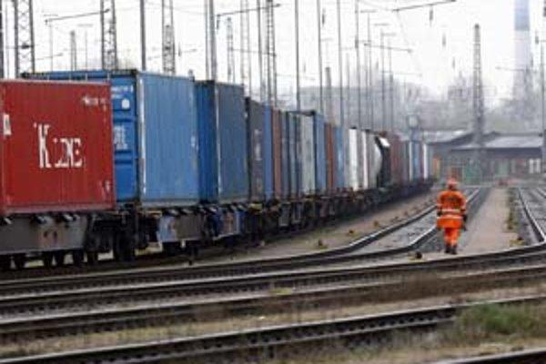 Železnice Slovenskej republiky by namiesto vybudovania širokorozchodnej trate využili na prepravu tovarov z Ázie či z Ruska existujúce trate.