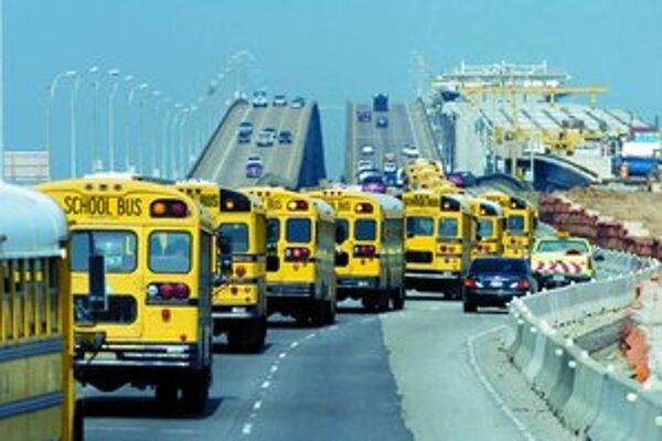 V Košiciach sa mali vyrábať vozidlá firmy, ktorá sa presadila produkciou žltých školských autobusov. Na investícii s mestským dopravným podnikom sa však nedohodla.