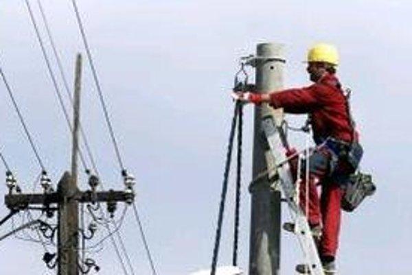Čierne odbery robia starosti elektrikárom i vodárom.