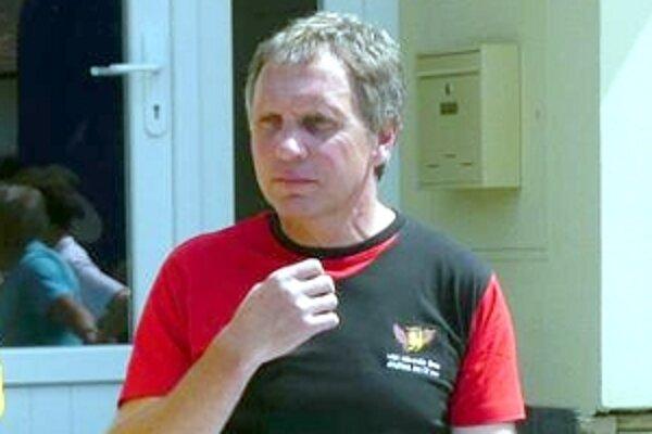 Ondřej Nemec z Prusínovic. Dnes sa venuje organizátorskej činnosti. V roku 1996 vytvoril traťového rekordu Záhoráckeho maratónu v čase 2:23:42 hodiny.