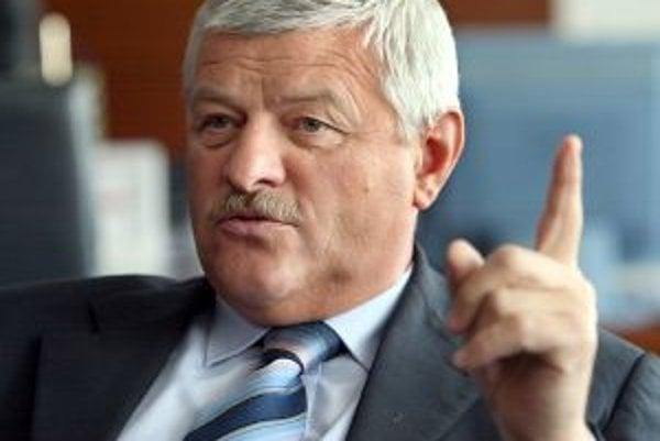 Kraj pod vedením Tibora Mikuša začal s vydávaním časopisu v  roku 2012.