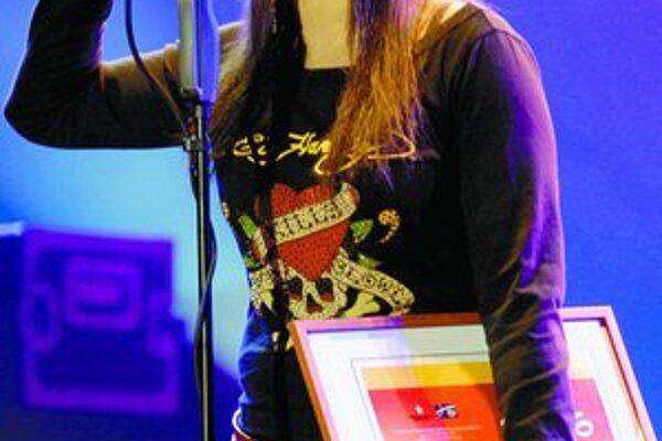Speváčkou roka sa stala Tina . Popri Dare Rollins a Barbare Haščákovej to mala dosť ľahké.
