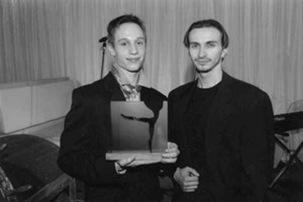 Záber z 10. ročníka odovzdávania cien Kvet baletu (na snímke R. Novitzky a J. Marčinský).