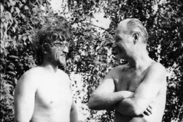 Bohumil Hanzel s Alexandrom Dubčekom, ktorý mu pomohlo po emigrácii do Švédska.