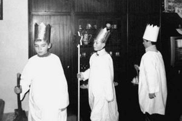 Traja králi na obchôdzke po domoch.