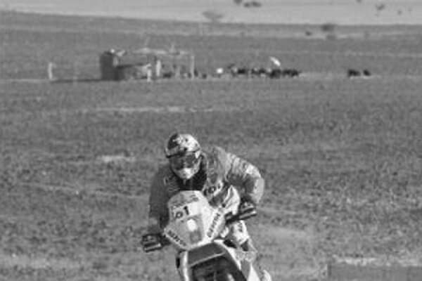 Španiel Marc Coma na trati piatej etapy Rely Dakar.
