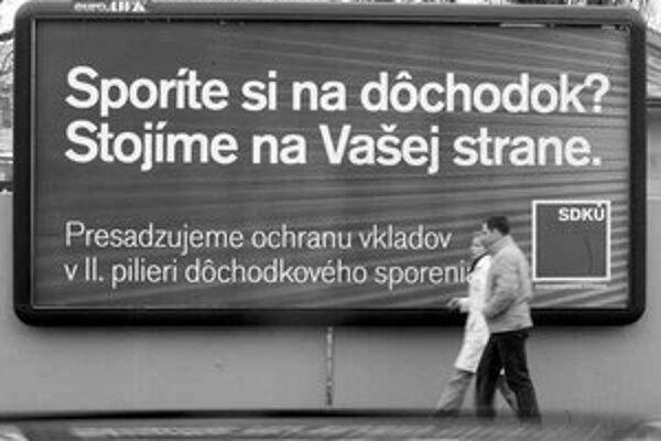 Podľa podpredsedu SDKÚ Ivana Mikloša strana minie na kampaň do pol milióna korún.