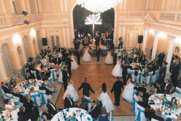 Atmosféra Lehárovho plesu.