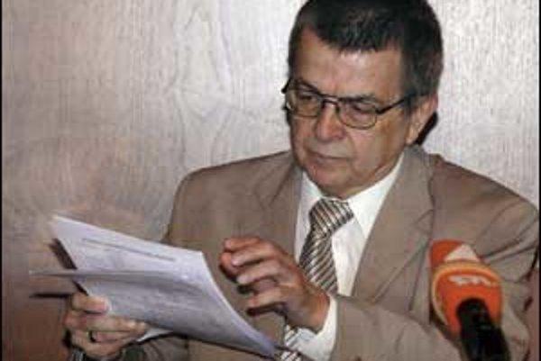Poslanec László Nagy tvrdí, že ho odpočúvali, a preto hovoril o počasí.